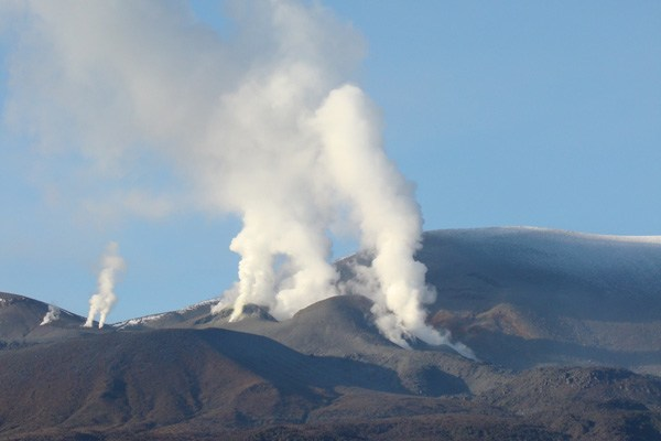 Tongariro-August-2012-New-Zealand